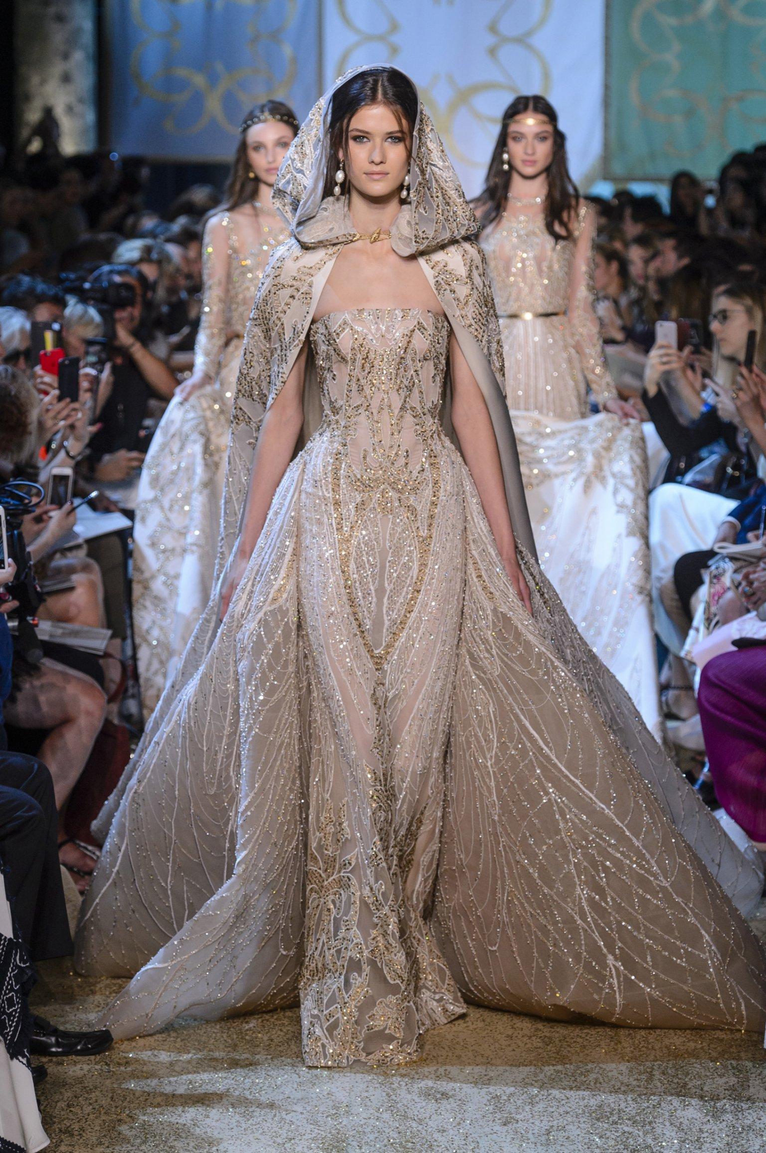 CELEBRITY MAGAZINE - Robes de mariées 7f8941340a61